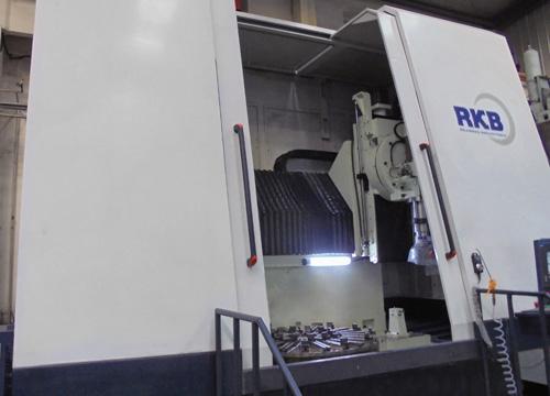 RKB ماشین سنگ زنی جدید برای بیرینگهای بزرگ تهیه کرده است